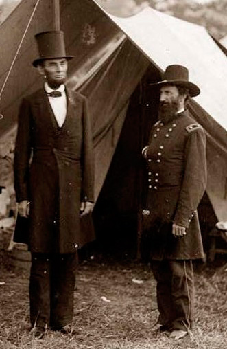 President Abraham Lincoln and General John McClernand